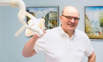 dr-podyma-zahnarzt-richard-monech-in-senftenberg.jpg